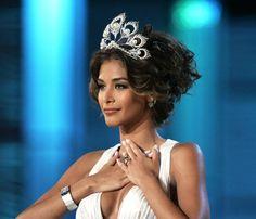 Dayana Mendoza en su Despedida como Miss Universo, desde Las Bahamas..