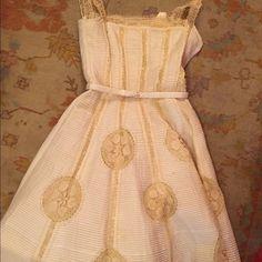 Vintage dress Vintage lace eyelet dress 50s, vintage condition Vintage Dresses Midi