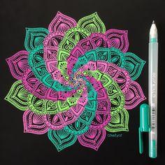 Mandala Doodle, Mandala Drawing, Mandala Painting, Doodle Art, Doodle Patterns, Zentangle Patterns, Zentangles, Gel Pen Art, Gel Pens