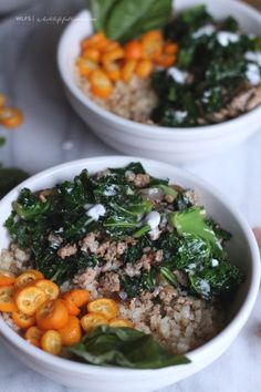 Grain(less) bowls - a spin on Buddha Bowls, made with cauliflower rice and packed with veggies. Paleo Recipes, Healthy Dinner Recipes, Whole Food Recipes, Cooking Recipes, Free Recipes, Cauliflower Recipes, Cauliflower Rice, Cauli Rice, Clean Eating