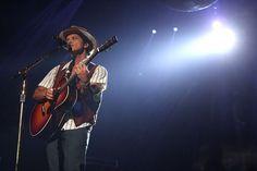 Bruno Mars - Bruno Mars Moonshine Jungle Tour - San Juan, Puerto Rico