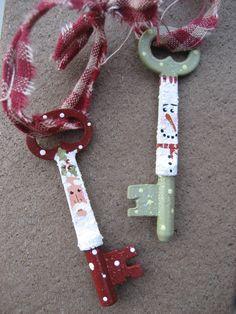 santa painted skeleton keys | ... skeleton keys! If you don't have a fireplace chimney, then let Santa