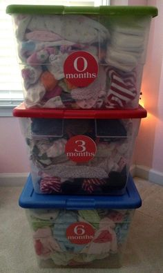 5 Easy Steps to Organizing Baby Clothes. I really need to do this with Kennedy's outgrown clothes!