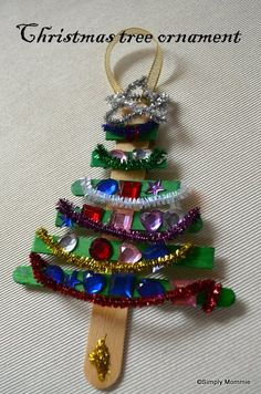 Christmas tree ornamenet craft idea with plain and green coloured lolly sticks