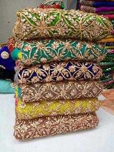 I love gotta patti style Mehndi Outfit, Mehndi Dress, Pakistani Outfits, Indian Outfits, Patiala Suit Wedding, Desi Clothes, Indian Clothes, Indian Couture, Punjabi Suits