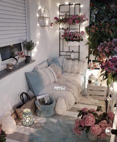 30 One-of-a-kind Bonus Area Suggestions for Your Home Small Balcony Design, Small Balcony Decor, Apartment Balcony Decorating, Room Decor Bedroom, Room Inspiration, Diy Home Decor, Decoration, Interior Design, Future