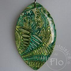 Batik And Shimmer Turquoise Et Vert  Nice pin using Helen Breil's Tango stamp