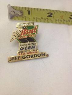Bbud At The Glen Watkins August 9 Jeff Gordon NASCAR Lapel /Hat Pin 1998 Racing