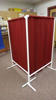 Pvc room divider cheap and easy divider room and for Pvc pipe classroom dividers