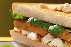 Sandwich mit Hackbällchen und Fetakäse #goldentoast