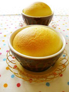 卵が1個あればふゎしゅゎ可愛いカップスフレが簡単に出来ちゃいます!ふわっと膨らんだところをハフハフ召し上がれ~♪