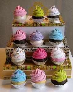 Adorable cupcake decorations!