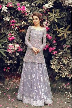 My Pakistani wedding inspirations : Photo Pakistani Wedding Outfits, Pakistani Dresses, Indian Dresses, Indian Outfits, Pakistani Gharara, Sharara, Walima, Dulhan Dress, Bridal Outfits