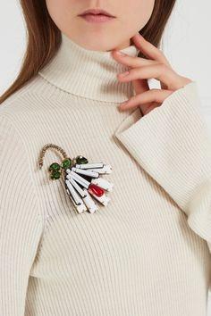Брошь из кристаллов и стекляруса No.21 - Брошь от No в интернет-магазине модной дизайнерской и брендовой одежды