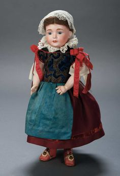 "View Catalog Item - Theriaults Antique Doll Auctions - 2033 BSW (in heart) 537 2. Comments: Bruno Schmidt,their model known by collectors as ""Wendy"",circa 1912"