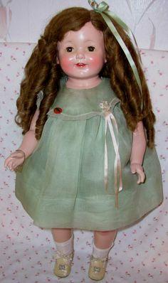 Effanbee ( F & B ) 1926 Rosemary Composition Doll Victorian Dolls, Antique Dolls, Vintage Dolls, Effanbee Dolls, Blythe Dolls, Pretty Dolls, Beautiful Dolls, Doll Toys, Baby Dolls