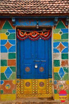 The India Tube - The Lambadis doors in Andhra Pradesh #bluedivagal bluedivadesigns.wordpress.com