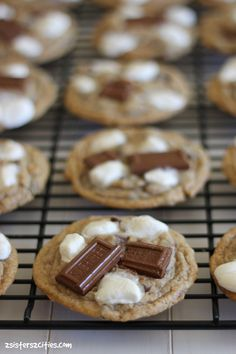S'more Cookie- the perfect treat for end of summer festivities, especially when you don't have access to a campfire! {from 2 Sisters 2 Cities}