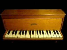 TOY-PIANO-JOUET-ANCIEN-MICHELSONNE-PARIS-37-TOUCHES