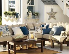 Outdoor decor with a large driftwood star. Inspiration from Pottery Barn catalog. Learn how to make one.