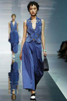Emporio Armani Ready To Wear Spring Summer 2014 Milan - NOWFASHION