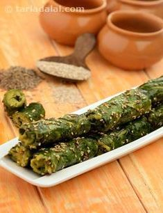 One serving of these soft colocasia rolls with a bengal gram paste are enough to fulfill your caloric, protein, calcium, iron and folic acid requirements at snack time. Serve with mint and coriander chutney for an additional calcium boost.