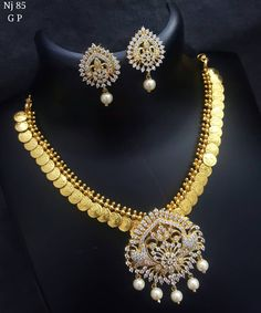 Elegant Fashion Wear Explore the trendy fashion wear by different stores from India Rose Gold Jewelry, Bridal Jewelry, Pearl Necklace Designs, Gold Necklace, Pandora, Long Pearl Necklaces, Gold Jewellery Design, Silver Jewellery, Silver Ring