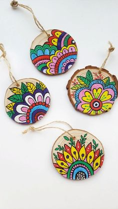 Pottery Painting Designs, Rock Painting Designs, Paint Designs, Cd Crafts, Diy Home Crafts, Arts And Crafts, Easter Crafts, Indian Art Paintings, Madhubani Painting
