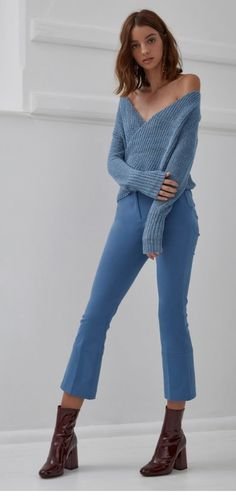 3f4073fc6e54 We are wrapping ourselves this winter with our blue Make-