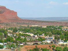Kanab, Utah (Little Hollywood) aka my new favorite town. where my grandpa lives, whom i met for the first time last april. n ill be goin to visit him again this april. Im so happy... <3