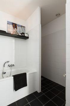 Badkamer on pinterest 21 pins - Badkamer met ligbad ...