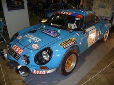 Alpine Renault, Renault Sport, Megane Rs, Car Design Sketch, First Car, Vintage Racing, Diecast, Automobile, Trucks
