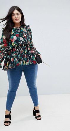 Gerüschte Bluse mit Blumenprint von ASOS (Hey Pretty Fashion Flash im Rüschenfieber)