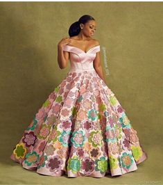 Stylish and elegant dresses, as an important occasion requires a stunning Floor Length Evening Dresses. Let's have a look: African Maxi Dresses, Latest African Fashion Dresses, African Print Fashion, African Wedding Attire, African Attire, Gala Dresses, Bridal Dresses, African Print Dress Designs, Rock