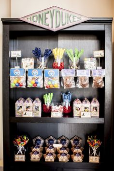30 New Harry Potter Decoration Ideas . Harry Potter Decor Wand Case Made From Thrift Store Spoon Baby Harry Potter, Deco Noel Harry Potter, Natal Do Harry Potter, Harry Potter Motto Party, Harry Potter Candy, Harry Potter Fiesta, Harry Potter Thema, Harry Potter Halloween Party, Harry Potter Classroom