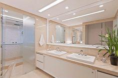 eh!DÉCOR | Banheiro com área íntima separada por box de vidro