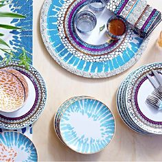DRIFTIG Plate IKEA Dinnerware with a modern and playful pattern inspired by the fashion world and nature. Love this set and can't believe its from ikea! Ikea Dinnerware, Tableware, Kitchenware, Serveware, Ikea Catalogue 2015, Ikea Fans, Table Ikea, Dining Table, Ikea 2015