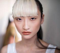 orenge glitter lip&natural