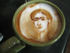 If you can do this with some foam and creme....please be my friend...and make me a latte :)