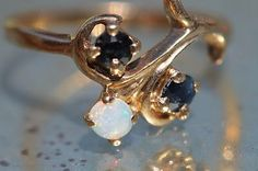 Vintage 10k Yellow Gold Australian Opal & Blue Sapphire Ring