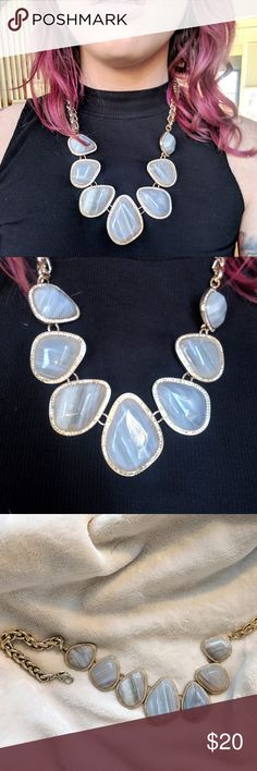 Banana Republic Agate Statement Necklace 7 stone agate necklace with gold-tone metal and rhinestone border around each stone setting. Beautiful and versatile statement piece. Comfortable and surprisingly not heavy. Lobster Clasp Banana Republic Jewelry Necklaces