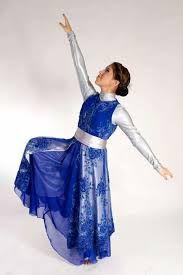 Resultado de imagen para trajes de danza cristiana con cintas de colores