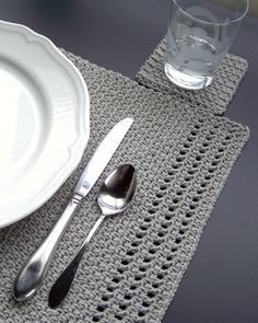 Simply Elegant Placemat and Coasters crochet project by Melanie Rice | LoveCrochet