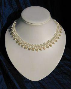 Colliers - Collier/ Halskelle aus Glasperlen - ein Designerstück von Njut bei DaWanda