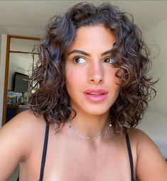 Shoulder Length Curly Hair, Curly Hair With Bangs, Short Wavy Hair, Curly Hair Tips, Cut My Hair, Curly Hair Styles, Natural Wavy Hair Cuts, Layers For Curly Hair, Short Hair For Curly Hair
