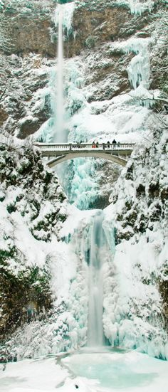 Multnomah Falls- Ice and Snow - Portland, Oregon