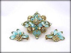 Vintage Juliana Jewelry Set Vintage Rhinestone Brooch
