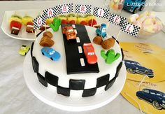 Gâteau d'anniversaire Cars avec Flash, Martin