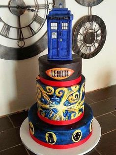 Happy Doctor Who Day, everyone! Come get some CAKE!   (By Sweet Dream Cake Company )    Gotta kick...
