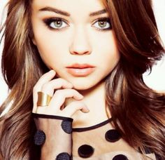 Sarah Hyland - This Beauty is a frequent visitor here at Stack!